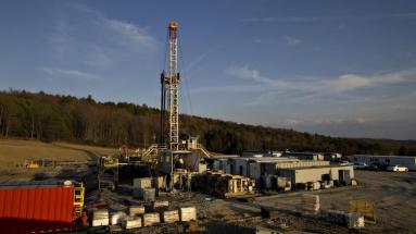 alta-resources-marcellus-pa-drilling-rig-bloomberg-750xx3000-1688-0-156